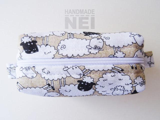 """Малък несесер за етерични масла """"Стадо овце"""": Handmade Nel"""