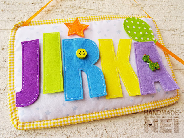 """Табелка за име от плат """"Jirka"""" - Handmade Nel"""